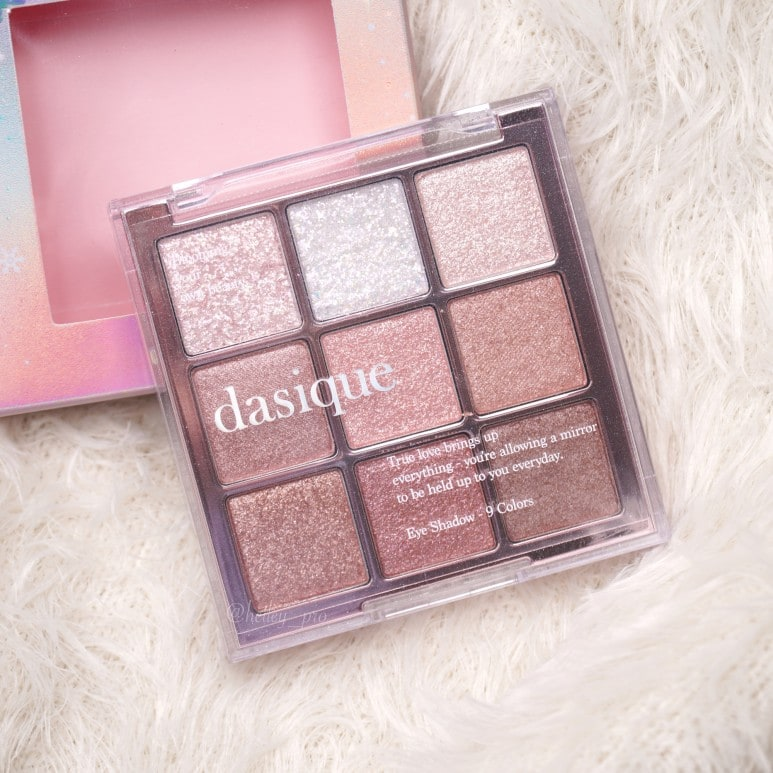 DASIQUE'S SHADOW PALETTE SNOW BLOSSOM ALL COLORS EYE SWATCH REVIEW